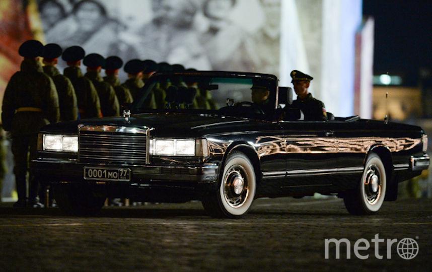 Автомобиль ЗИЛ-41041 АМГ. Архивное фото. Фото РИА Новости
