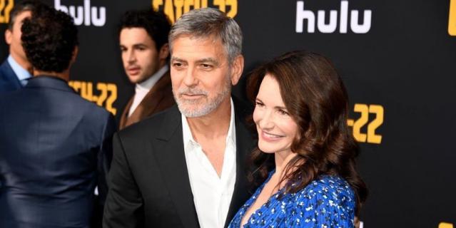 Джордж Клуни и Кристин Дэвис.
