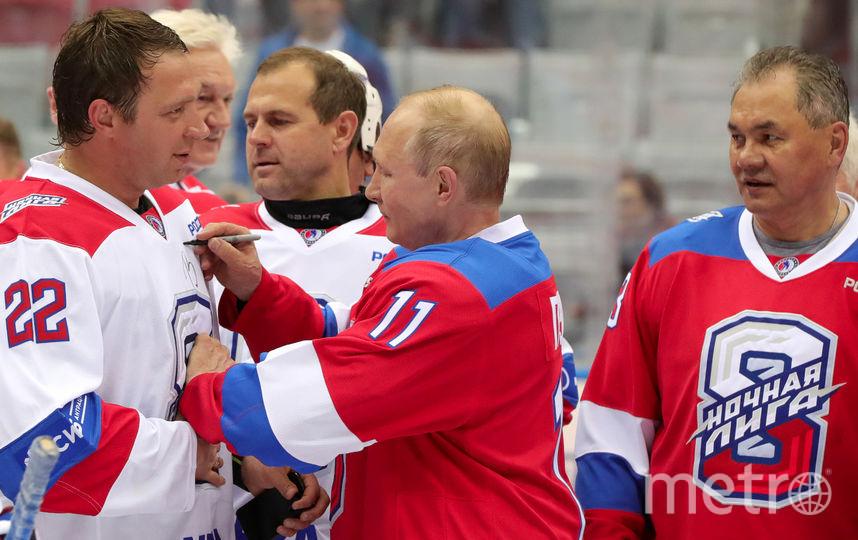 Путин забросил 8 шайб на гала-матче Ночной хоккейно лиги. Фото AFP