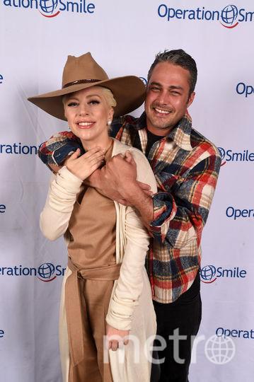 Леди Гага и Тейлор Кинни. Фото Getty