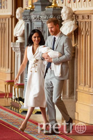 Меган Маркл и принц Гарри с новорожденным ребенком. Фото Getty
