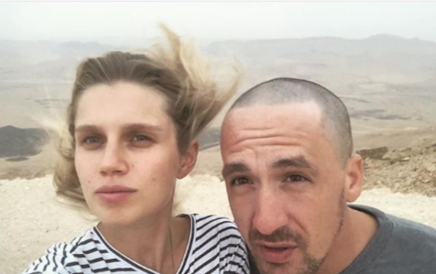 Актриса Дарья Мельникова с мужем Артуром Смольяниновым. Фото www.instagram.com/melnikovadsh