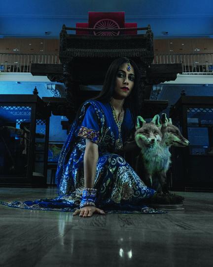 """Индийская принцесса с двухголовой лисой. Фото предоставлены организаторами, """"Metro"""""""