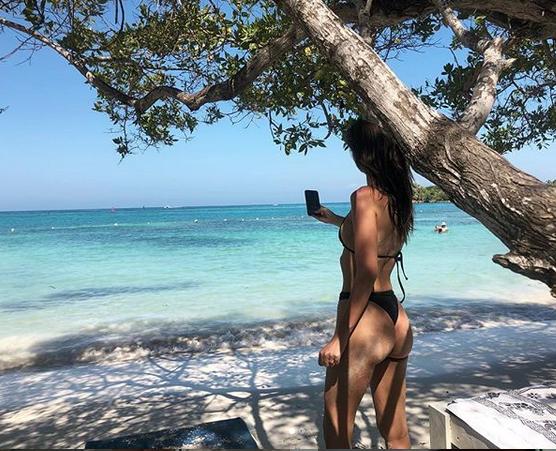Популярная топ-модель Эмили Ратаковски. Фото скриншот: instagram.com/emrata/