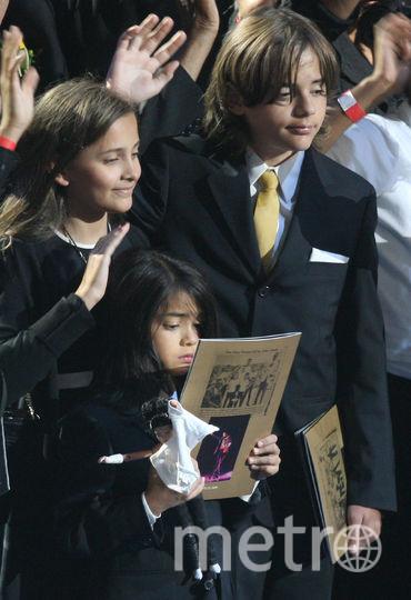 Пэрис, Бланкет и Принс Джексоны, 2009 год. Фото Getty
