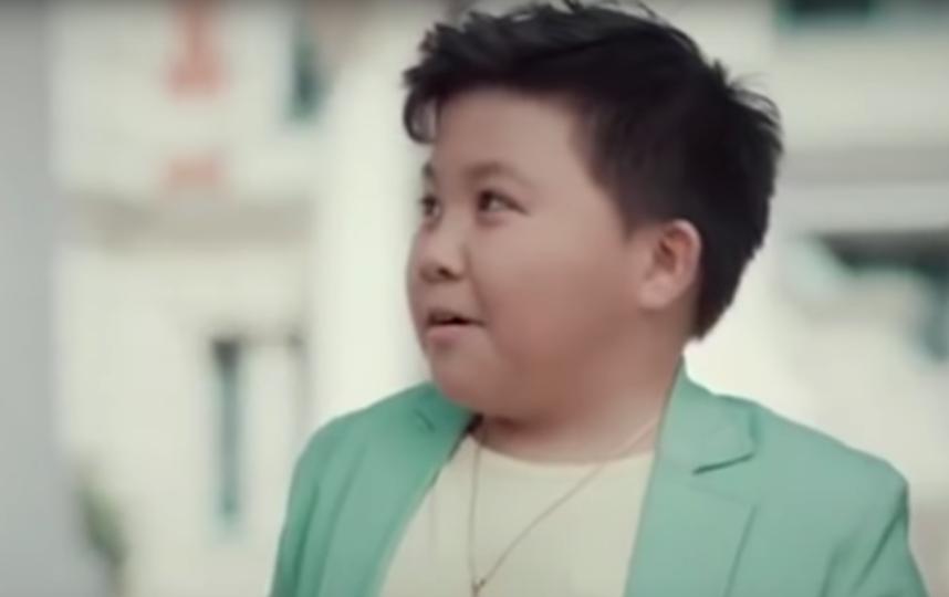 Ержан Максим в рекламе ЖК. Фото Скриншот, Скриншот Youtube