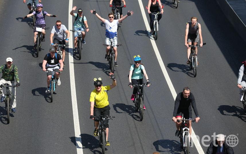 В столице начался первый весенний московский велофестиваль. Фото Василий Кузьмичёнок