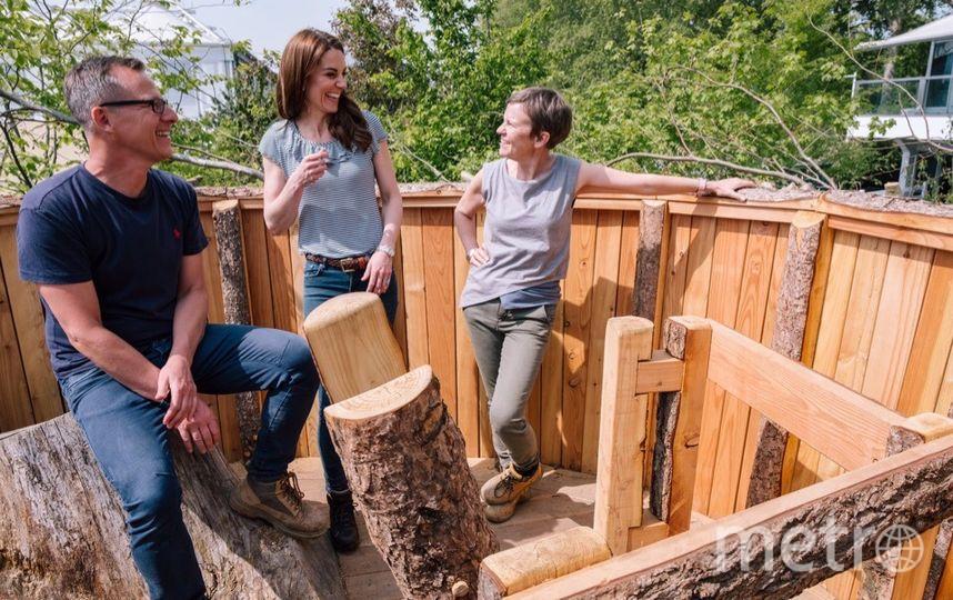 """Кейт Миддлтон в саду """"Back to nature"""". Фото Getty"""