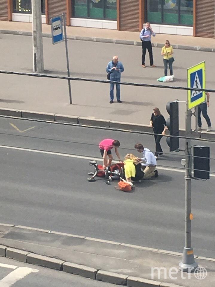 В Петербурге таксист сбил двух детей: Фото. Фото ДТП и ЧП | Санкт-Петербург | Питер Онлайн | СПб, vk.com