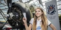 Россиянин побил свой рекорд и вошёл в топ-10 на чемпионате мира по запуску бумажных самолётиков