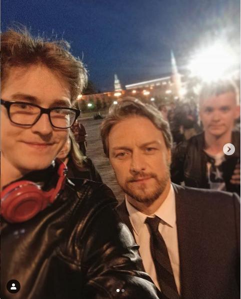 Джеймс Макэвой с фанатами в Москве. Фото скриншот instagram.com/playinwitme.1/?hl=ru