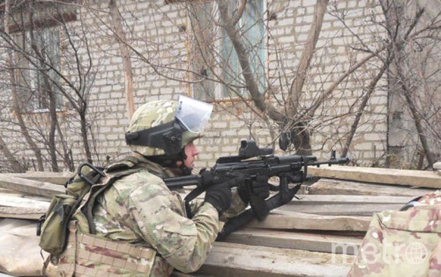 """На месте перестрелки обнаружили оружие и боеприпасы. Фото """"Metro"""""""