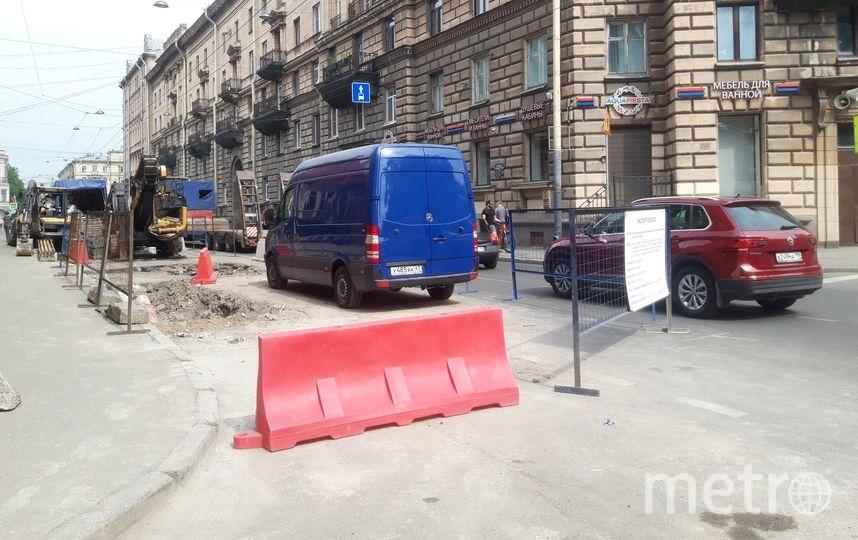 """Работы на Большой Пушкарской начались 13 мая и стали причиной транспортного коллапса. Фото Софья Сажнева, """"Metro"""""""