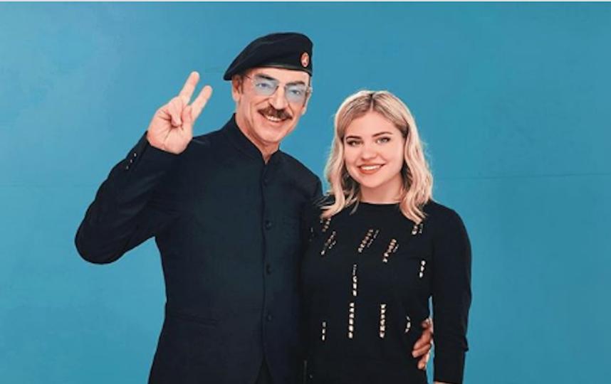 Катерина Боярская с дедушкой Михаилом Боярским. Фото www.instagram.com/kboyarskaya98
