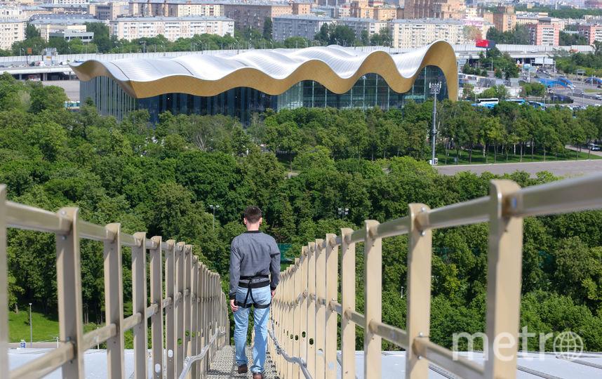 На верхний ярус крыши ведёт лестница из 250 ступеней. Фото Василий Кузьмичёнок
