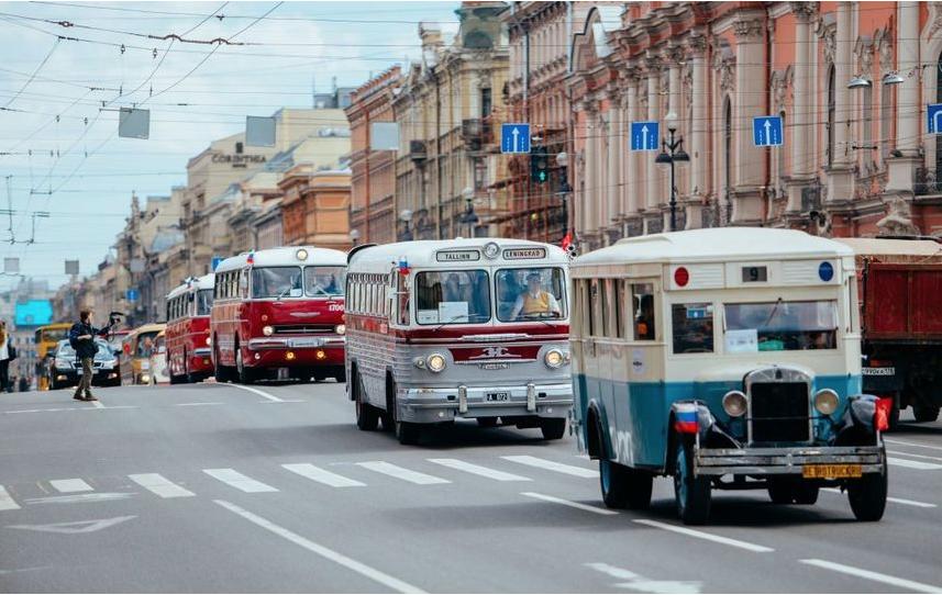 """Эту технику можно будет увидеть на параде в Петербурге. Фото """"Пассажиравтотранс"""", Предоставлено организаторами"""