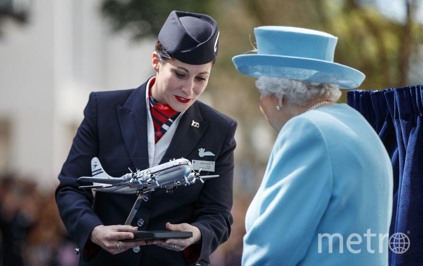 """Елизавета II в штаб-квартире """"Британских авиалиний"""". Фото Getty"""