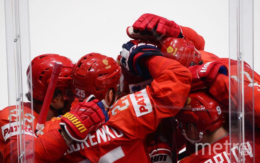 Сборная России на чемпионате мира в Словакии победила американцев и вышла в полуфинал. Фото AFP