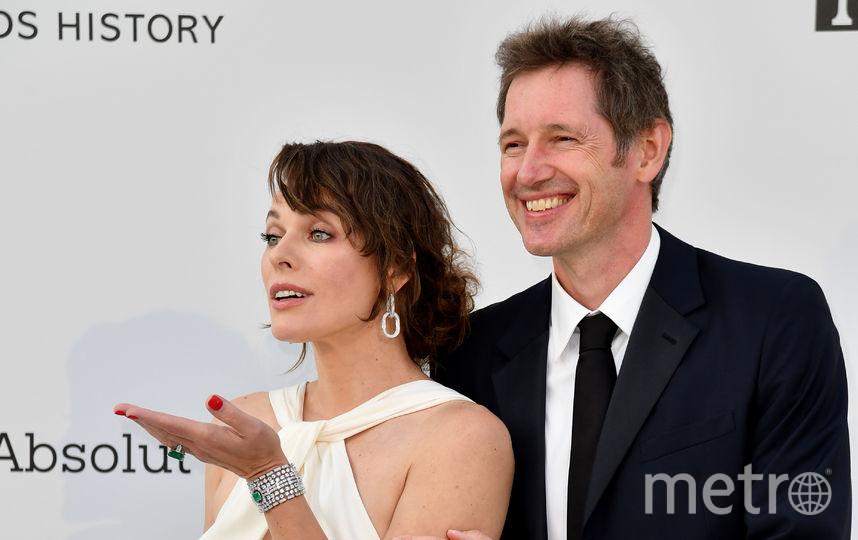 Актриса Милла Йовович с мужем. Фото AFP
