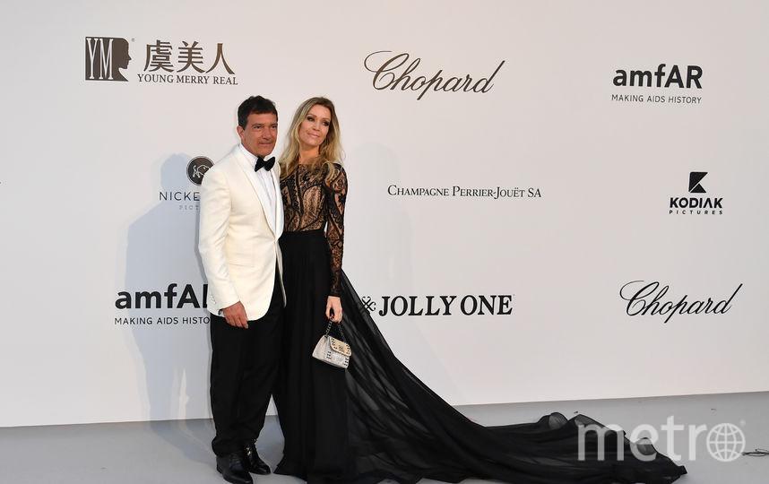 Антонио Бандерас с возлюбленной. Фото AFP