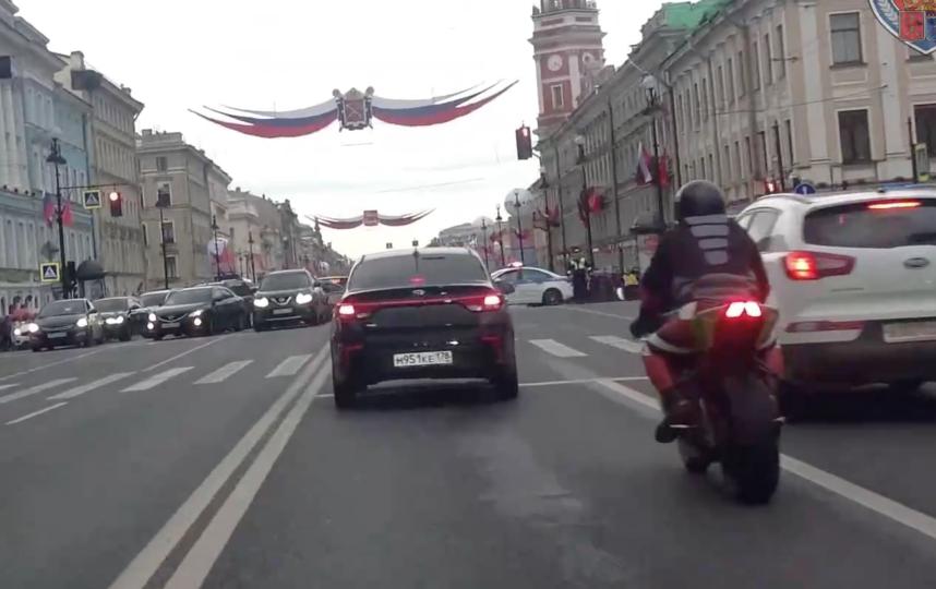 Скриншот видео  ГИБДД по СПб и ЛО. Фото Скриншот Youtube
