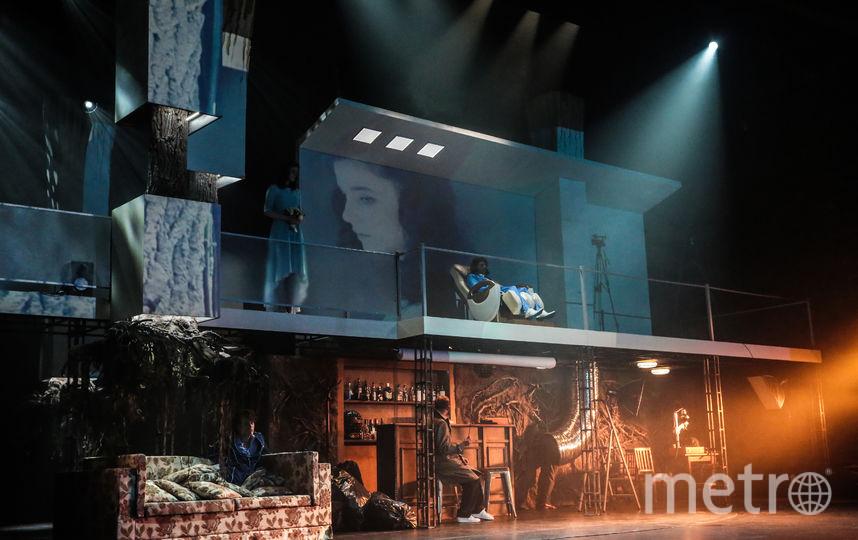 """Сцена из спектакля """"Крошка Цахес"""" Театра имени Ермоловой. Фото Предоставлено театром."""