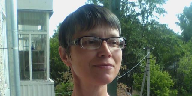 Лариса, 49 лет.