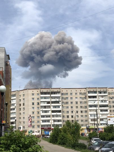 Число пострадавших при взрыве в Дзержинске увеличилось до 89 человек. Фото moynn, vk.com
