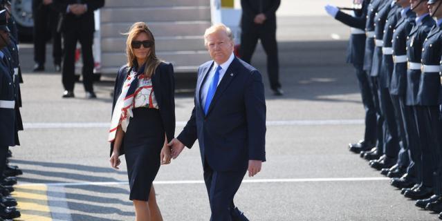 Дональд и Мелания Трамп прибыли в Лондон.