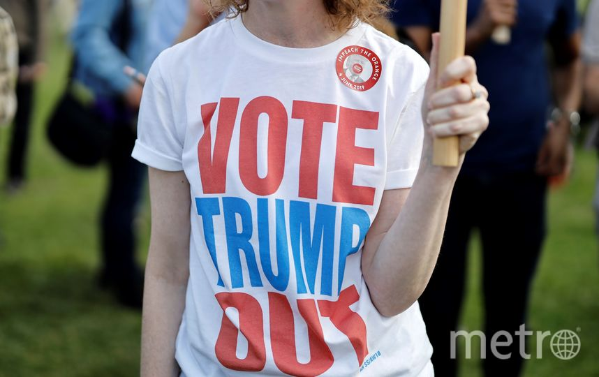 Не обошлось и без анти-трамповских демонстраций. Фото AFP
