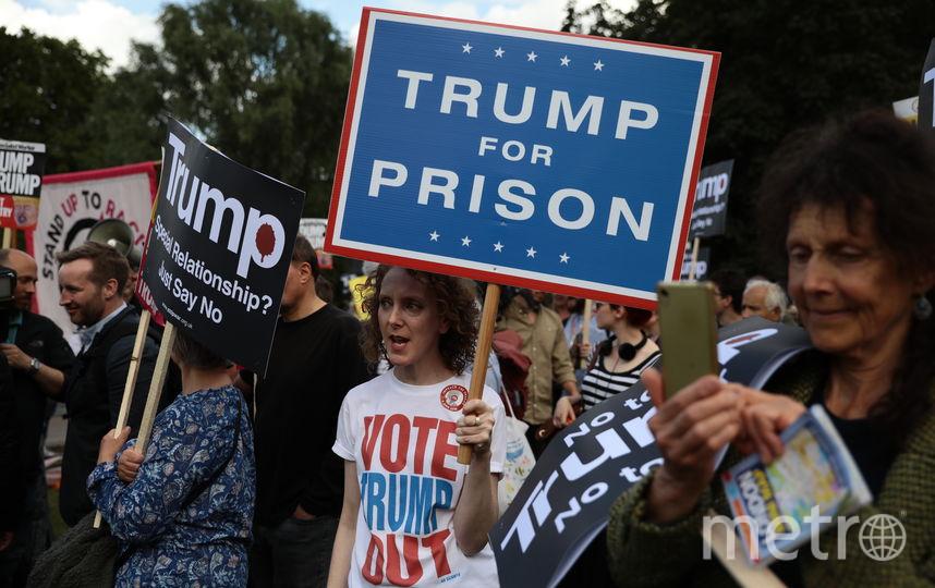 Не обошлось и без анти-трамповских демонстраций. Фото Getty