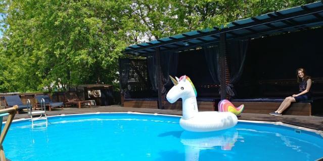 """The Pool во """"Флаконе""""."""