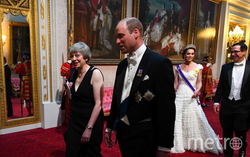 Торжественный ужин в Букингемском дворце. Принц Уильям и Тереза Мэй. Фото Getty
