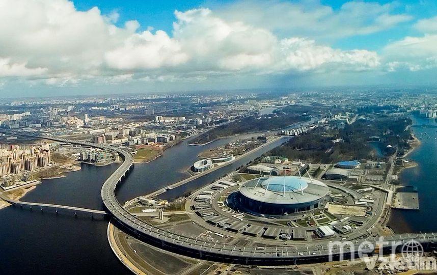 """Полёты над Петербургом и Ленобластью. Фото Vzletim.ru, """"Metro"""""""