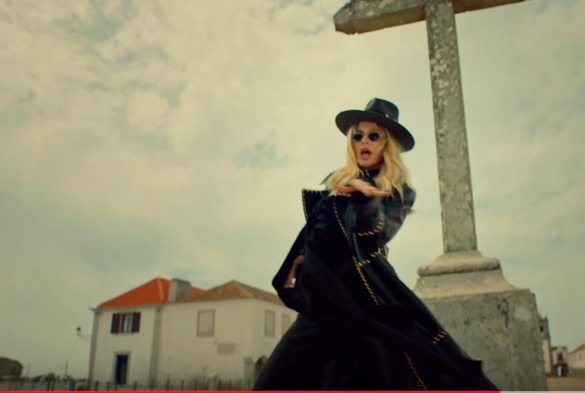 Скриншот нового клипа. Фото LOBODA / youtube, Скриншот Youtube
