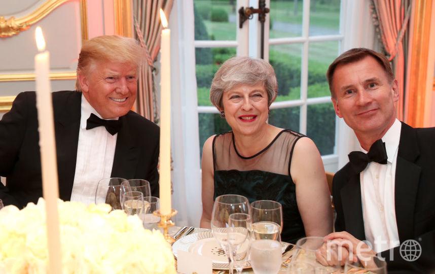 Дональд Трамп с премьер-министром Британии и министром иностранных дел Британии. Фото Getty