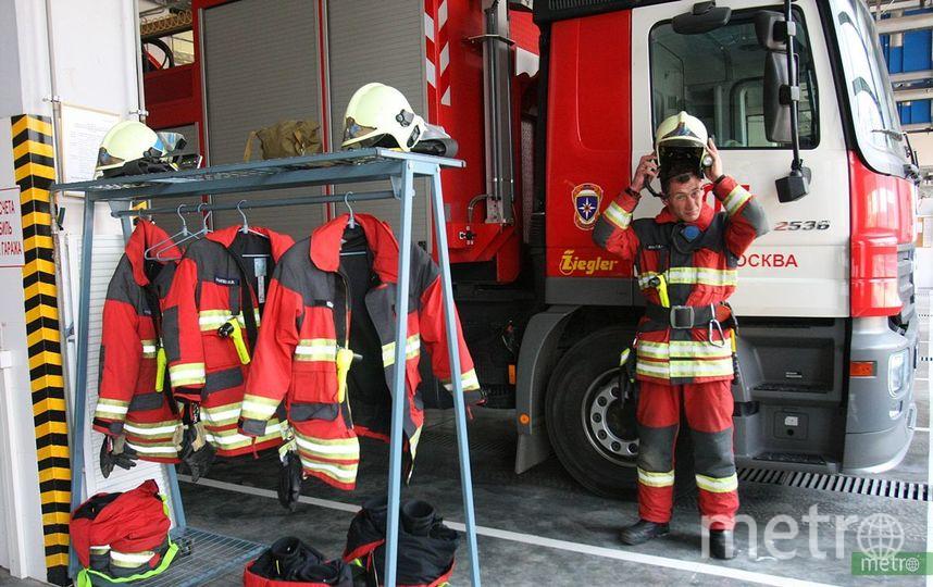 Площадь пожара составила 300 кв.м. Фото Василий Кузьмичёнок