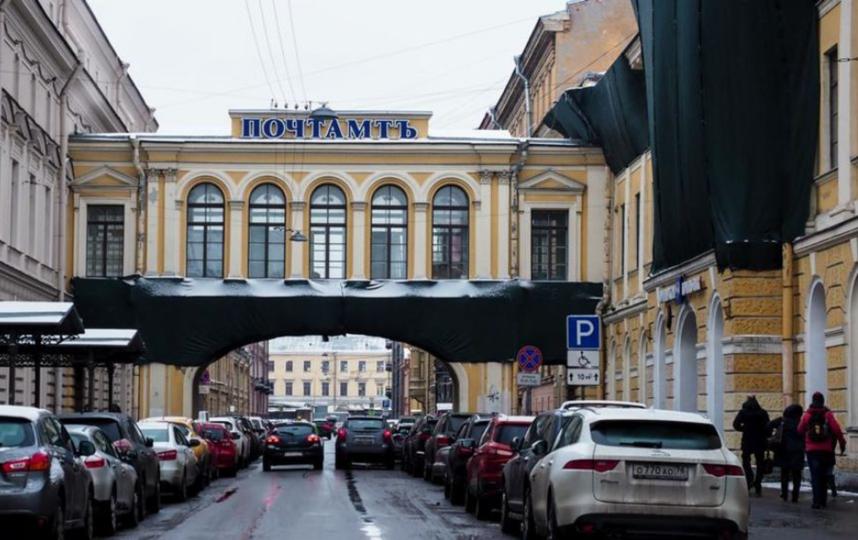 "Главпочтамт Петербурга. Фото Святослав Акимов, ""Metro"""