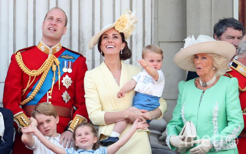 Принц Уильям, принц Луи, Кейт Миддлтон, принц Джордж, принцесса Шарлотта, Камилла Паркер-Боулз. Фото Getty
