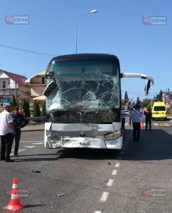 В Сочи произошла авария: пострадали 26 человек. Фото Скриншот Instagram: @chp_sochi