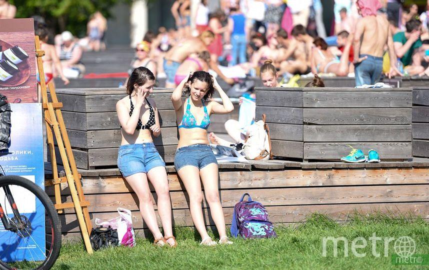 В Москве продолжается аномальная жара. Фото Василий Кузьмичёнок