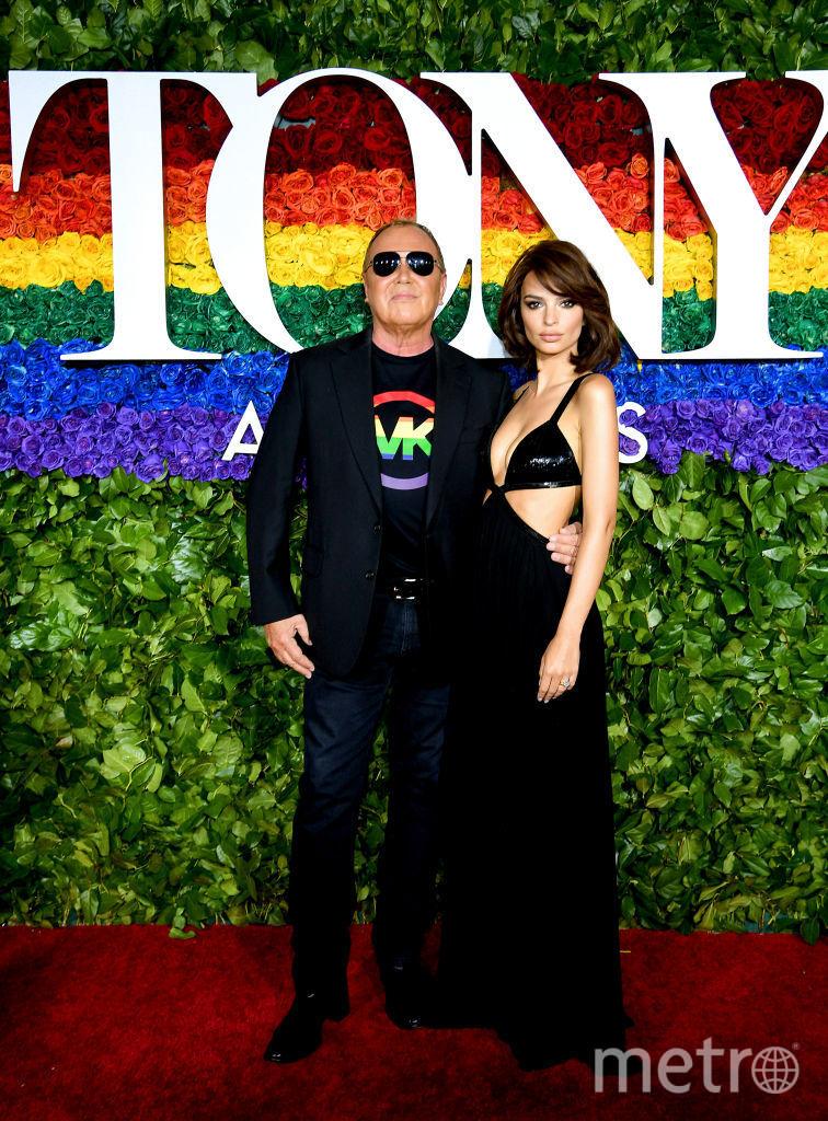 Tony Award. Эмили Ратаковски и Майкл Корс. Фото Getty