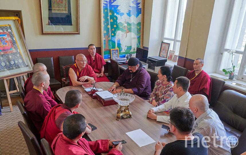 Стивен Сигал посетил дацан в Петербурге: Фото. Фото dazanspb, vk.com