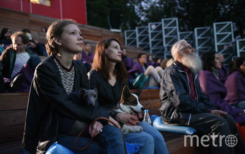 В парках Москвы пройдут репетиции театральных спектаклей. Фото Василий Кузьмичёнок
