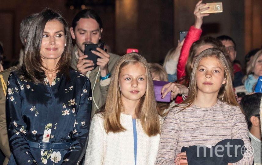 Королева Испании Летиция с дочками. Пасхальная служба 21 апреля. Фото архив, Getty