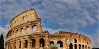 В Риме туристам запретили ходить полуголыми и вешать
