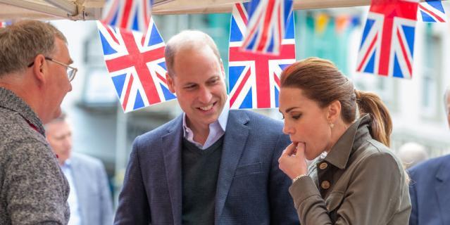 Принц Уильям и Кейт Миддлтон посетили рынок фермерских продуктов.