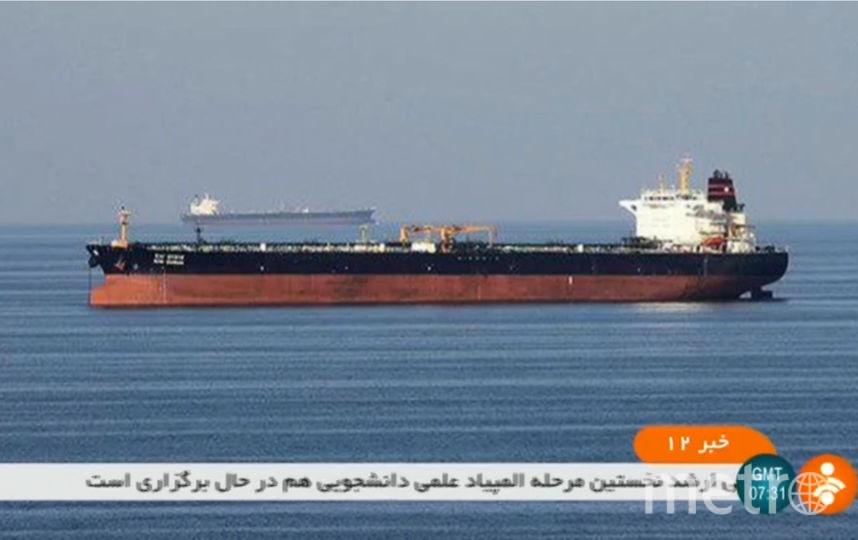 Два нефтяных танкера атаковали в Оманском заливе. Фото AFP