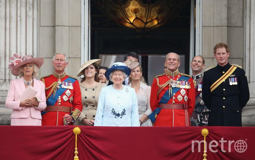Принц Филипп и королевская семья. Фото Getty