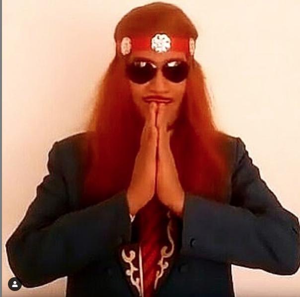 "Индийский маг Шанчал Лахири. Фото https://www.instagram.com/theshowwontgoon/, ""Metro"""